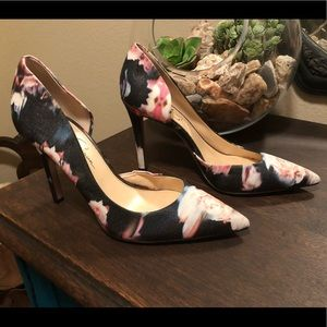 Jessica Simpson floral heels size 9.5
